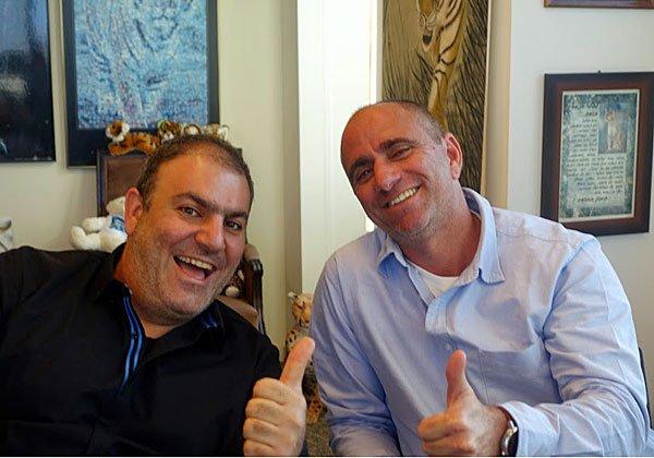 מימין: רונן פישר ואמיר גולן, מנכ