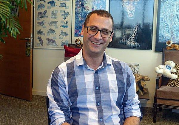 בא לבקר במאורת הנמר: דן שפיר, מנהל השיווק של מג'יק ישראל