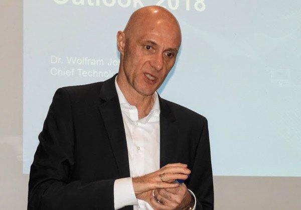 וולפרם יוסט CTO Software AG, החוזה של החברה את תחזית 2018. צילום: פלי הנמר