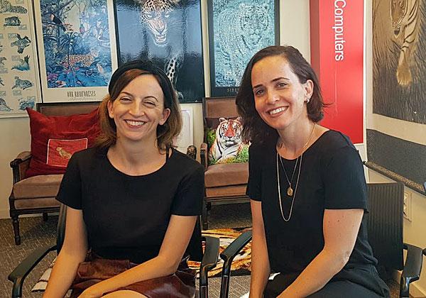 באו לבקר במאורת הנמר: מימין - נועה קלוט ומירלי רוטשטיין, מנכ